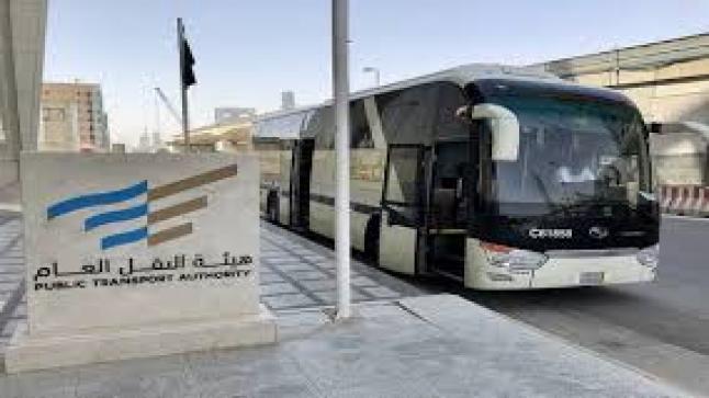 أمير الرياض ينشأ 4 مشاريع للنقل ويضع حجر اساس لـ 6 اخري