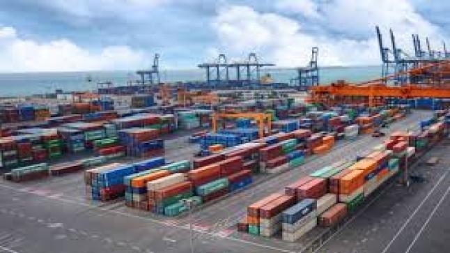 ارتفاع في أعداد الحاويات التجارية بموانئ السعودية